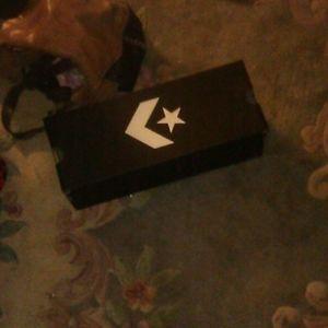 Free authentic converse box